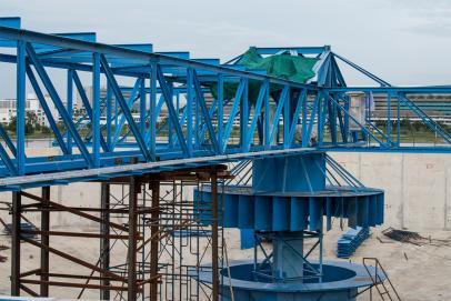 Puentes y estructuras metálicas